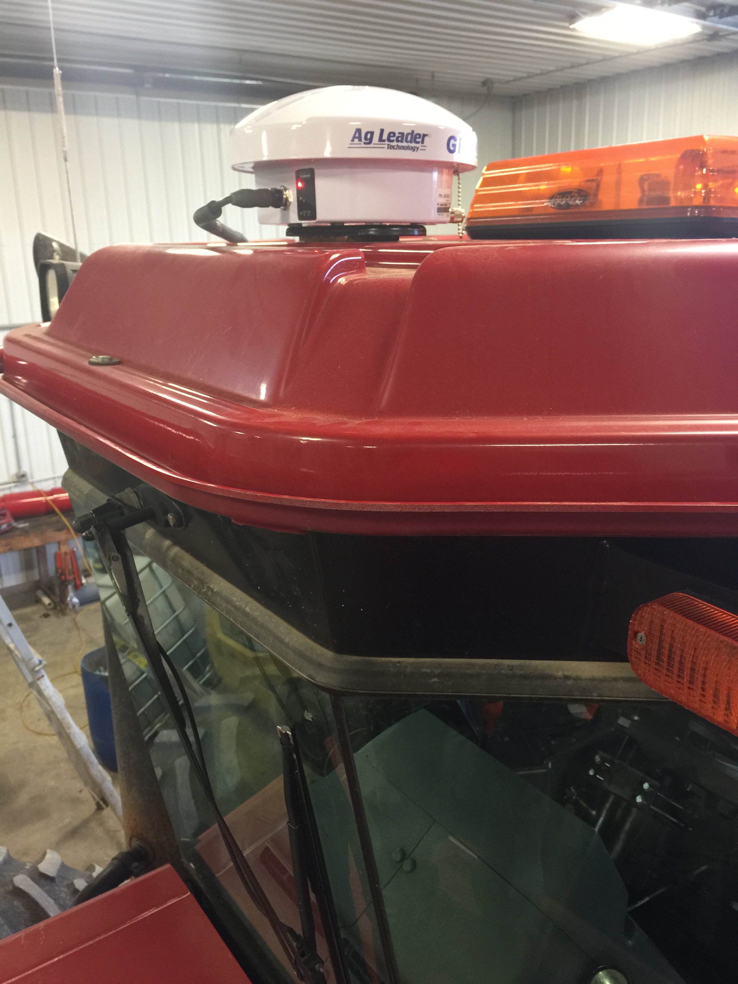 Utilize the Ag Leader ISOBUS Liquid Module to control manure flow rate with any ISOBUS display.