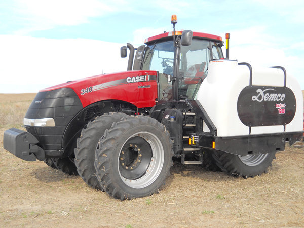Add side quest tanks to your tractor or other commercial equipment. Call Zoske's today